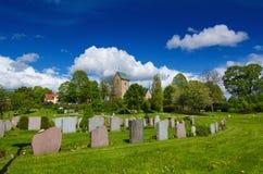 Gammal Sverige kyrka Arkivbild