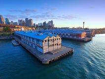 Gammal Sydney Pier och för hamnplats flyg- sikt Arkivbilder