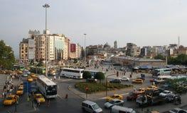 Gammal Taksim fyrkant royaltyfri bild