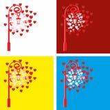 Gammal tappninglykta för valentin dag Lykta med hjärtor av rött och rosa för valentin dag Royaltyfri Fotografi
