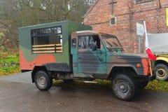 Gammal Tarpan för medel för polsk armé Honker på en ståta Arkivfoto