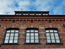 gammal tegelstenbyggnad royaltyfri foto