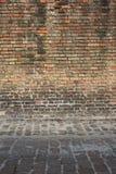 Gammal tegelstenvägg Arkivfoto
