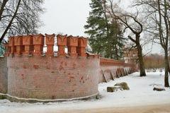 Gammal tegelstenvägg i frost Pushkin, Tsarskoe Selo Fotografering för Bildbyråer