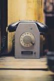 Gammal telefon, retro stil för tappningtelefon Royaltyfri Foto