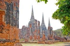 Gammal tempel för forntida tegelstenbrunt Royaltyfri Foto