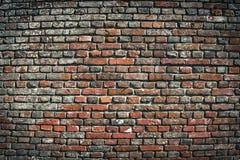 Gammal textur för bakgrund för vägg för röd tegelsten stads- Fotografering för Bildbyråer
