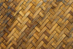 Gammal textur för Grunge av bambuväv Arkivfoto