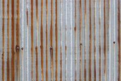 Gammal textur för tak för metallark Modell av det gamla metallarket Royaltyfri Foto