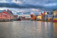 Gammal town av Gdansk på soluppgången Arkivfoton