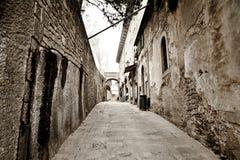 Gammal town. Italien. Arkivbilder