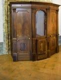 Gammal träbiktstol i Italien Arkivfoton