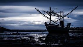 Gammal träfiskebåt Arkivbilder