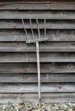 Gammal trähögaffel arkivbilder