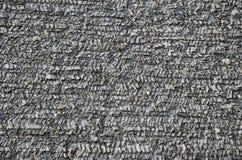 Gammal trälantlig historisk bakgrund för hussingeltak Arkivfoto