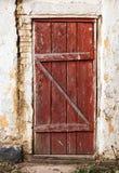 Gammal trämålad dörr Royaltyfria Bilder