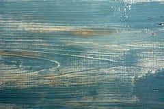 Gammal trätabell av blå färg arkivbilder