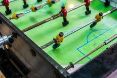 Gammal trätabell för fotboll Royaltyfri Foto