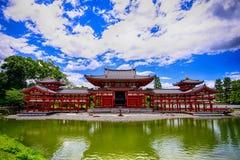 Gammal traditionell japansk tempelbyggnad i Uji Japan royaltyfri foto