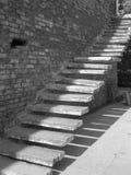 Gammal trappuppgång arkivfoto