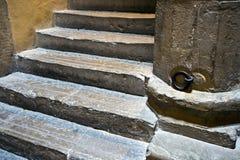gammal trappuppgång Royaltyfri Bild