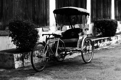 gammal trehjuling Arkivfoto