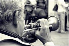 gammal trumpet royaltyfria foton