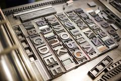 Gammal typografiprintingmaskin Royaltyfria Foton