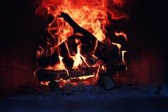 Gammal ugn med flammabrand Fotografering för Bildbyråer