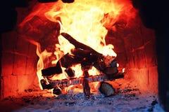Gammal ugn med flammabrand Royaltyfria Bilder