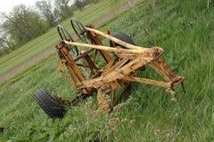 gammal utrustninglantgård Arkivfoto