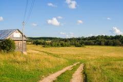 gammal väg för fält Arkivbilder