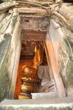 Gammal vägg för Buddha lufthålram Arkivbilder
