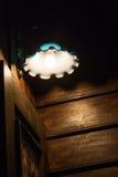 gammal vägg för lampa Royaltyfri Fotografi