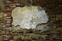 gammal vägg för tegelstengrunge Arkivfoton