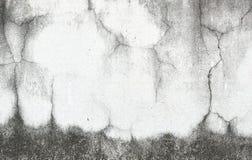 Gammal vägg med sprickabakgrund Royaltyfri Foto