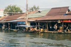 Gammal vattenstad på Amphawa Arkivbilder