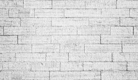 Gammal vit tegelstenvägg royaltyfri bild