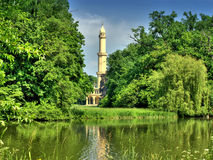 gammal white för minaret Royaltyfria Bilder