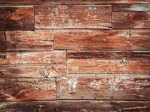 Gammal Wood bakgrund - röda och gula färger för tappningstil. Royaltyfri Bild