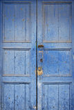 Gammal wood dörr Arkivfoto
