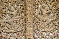 Gammal wood gravyr för teakträ arkivfoton