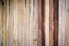 Gammal wood vägg för bakgrund Arkivfoto