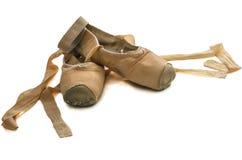 Gammala balettskor Arkivbilder