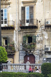 gammala balkonger Arkivfoto