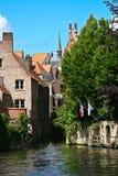 gammala Belgien brugge kanaler Royaltyfria Bilder