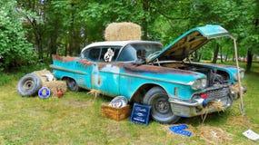 gammala bilar Arkivfoton