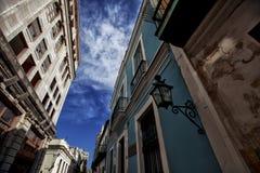 Gammala byggnader i Havana Royaltyfri Bild