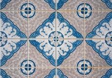 gammala dekorativa tegelplattor Royaltyfria Bilder