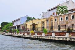 gammala färgglada hus för byggnader Fotografering för Bildbyråer